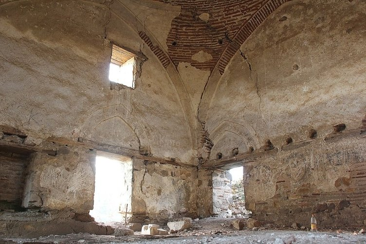 100 yıldır ezana hasret Osmanlı camisi