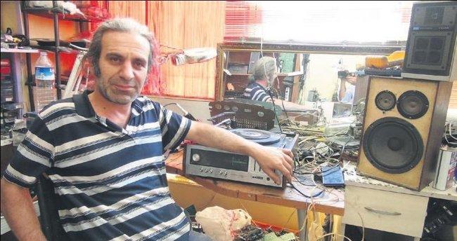 Lambalı radyolara hayat veriyor