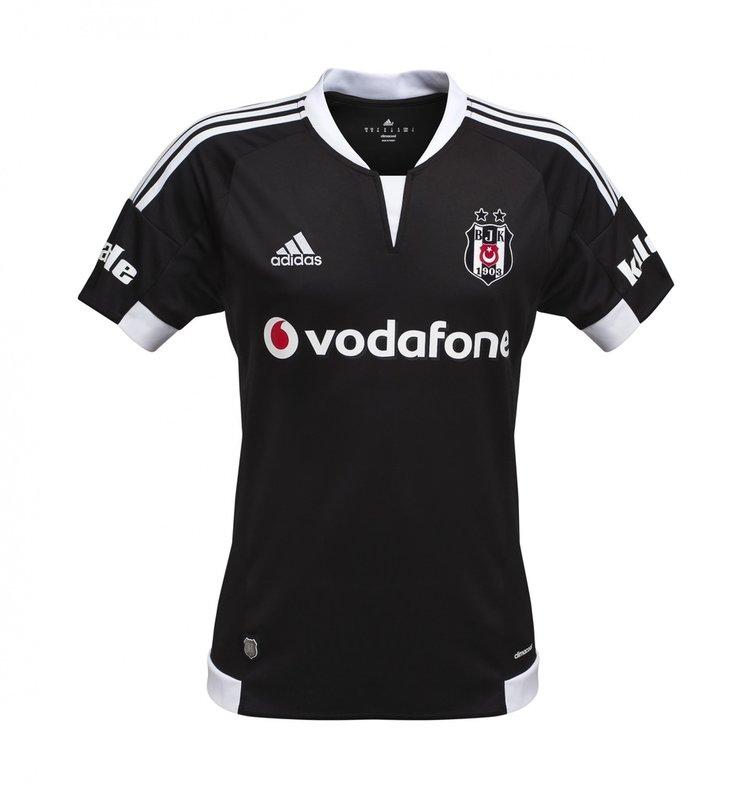 Beşiktaş'ın 2015-2016 sezonu formaları Twitter'ı salladı