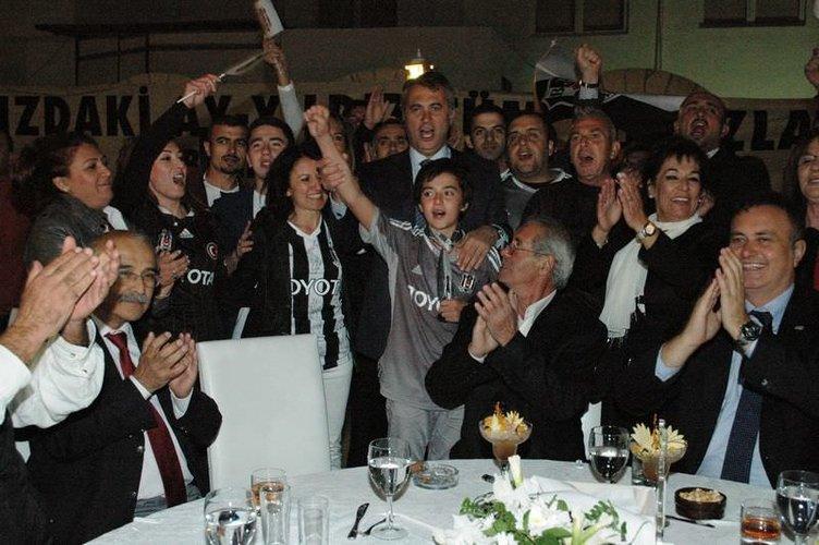 Fikret Orman Bodrum Beşiktaşlılar Derneği'nin kutlamasında