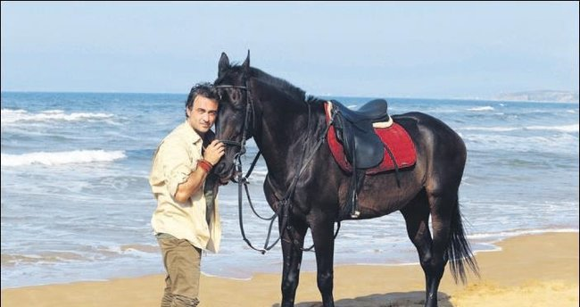 At sevgisini, işine de taşıdı