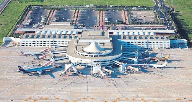 Havalimanında FETÖ temizliği