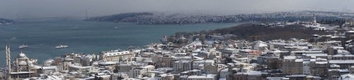 İstanbul'un yüksek kulelerinden enfes kar manzaraları