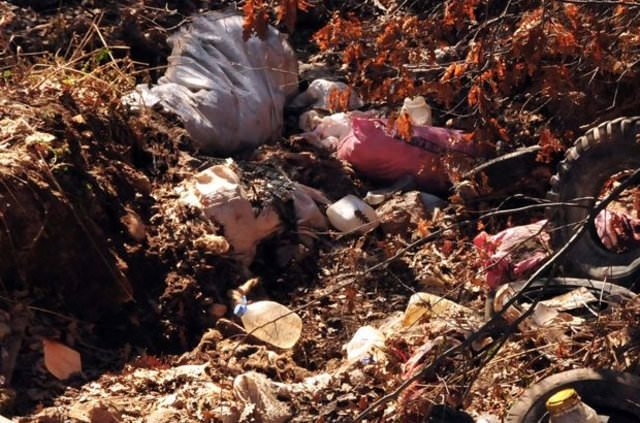 Cesedi sandık içinde ormanda bulundu