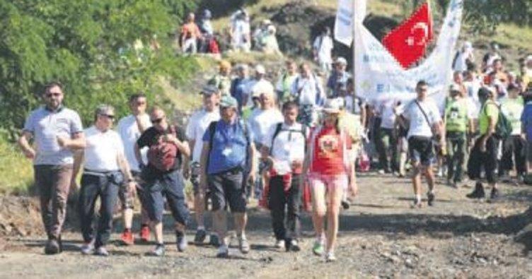 Bosna Hersek'te 'Barış Yürüyüşü'