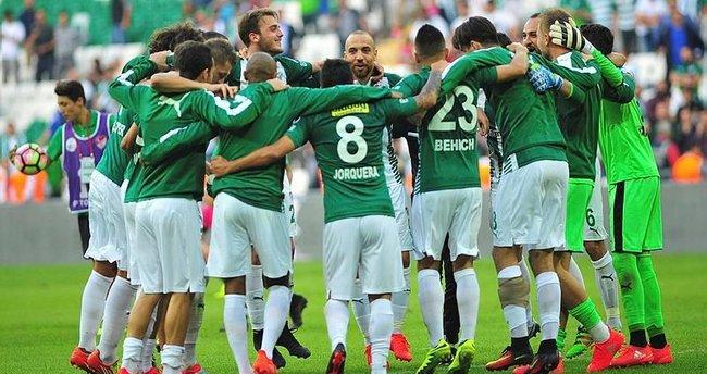 Bursaspor'da ikincilik sevinci