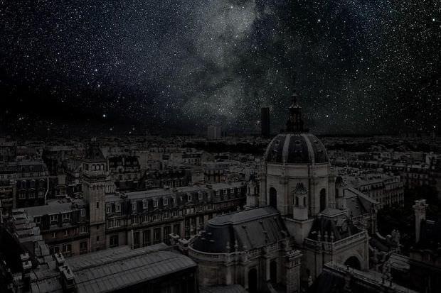 Şehirlerin elektirikleri tamamen kesildiğinde...