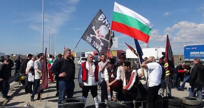 Bulgaristan'da, 'Türkler oy kullanmaya gelmesin' eylemi