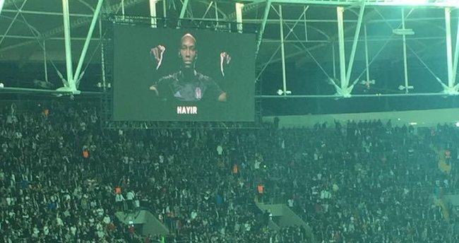 Beşiktaş taraftarından tarihe geçen tezahürat!