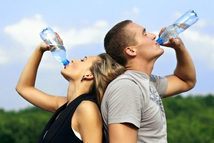 Fazla su içmek sağlığınızdan edebilir!
