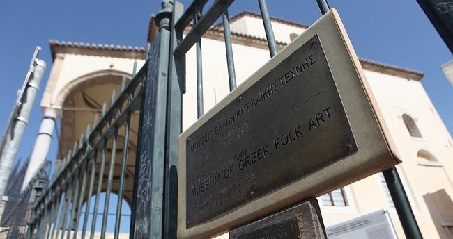 Atina'da cami tartışmaları sürüyor!