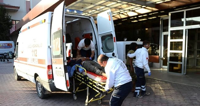 Yaralı ÖSO askerleri Türkiye'ye geldi