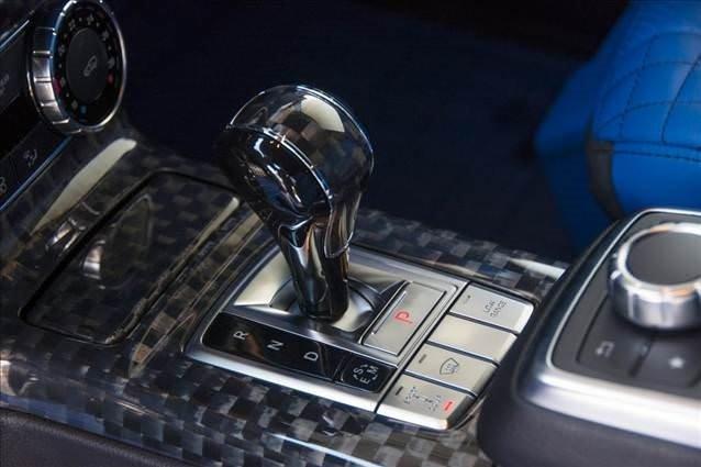 Brabus Mercedes 500 4x4 G-Wagen'de mavi etkisi