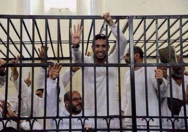 Mısır'da 529 kişiye idam cezası
