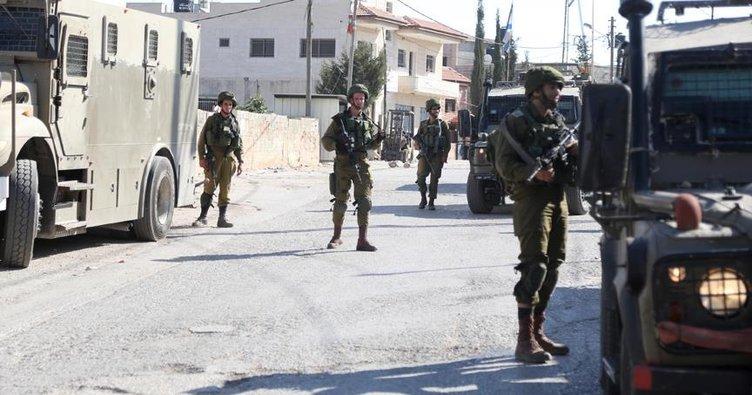 İsrail askerleri 19 Filistinliyi gözaltına aldı