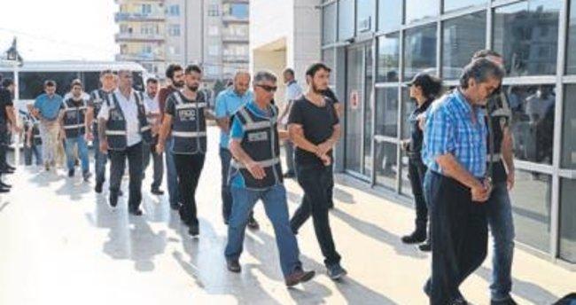 FETÖ operasyonu: 5 kişi gözaltında