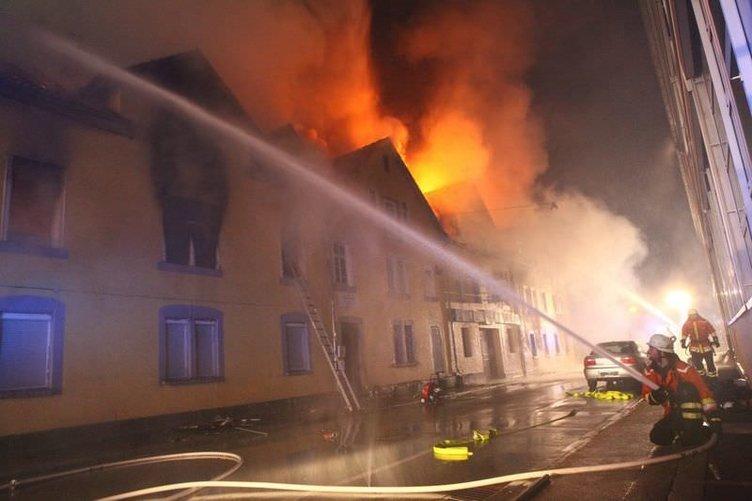 Almanya'da yangın: 7 Türk öldü