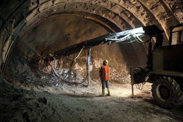Ovit Tünelinde ışığa az kaldı