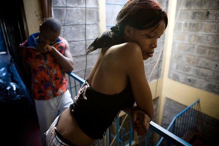 Bu ülkede erkekler cinsel istismara uğruyor!