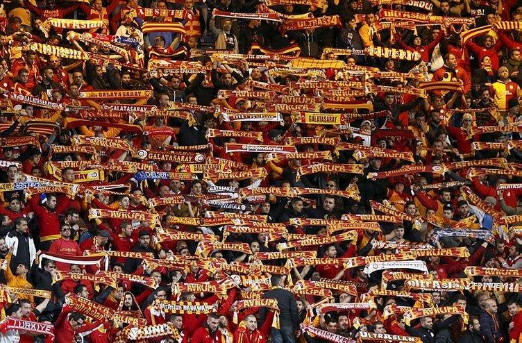 Galatasaray'ın iki yıldızı ayrılıyor