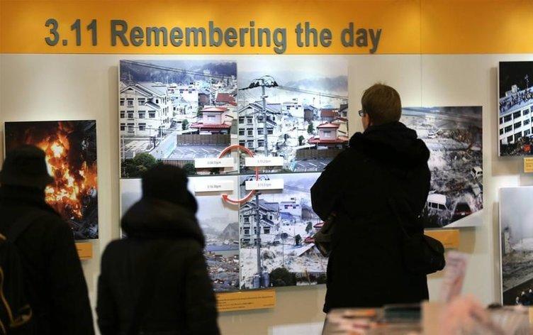 Japonya Depremi Basın Fotoğrafları Sergisi