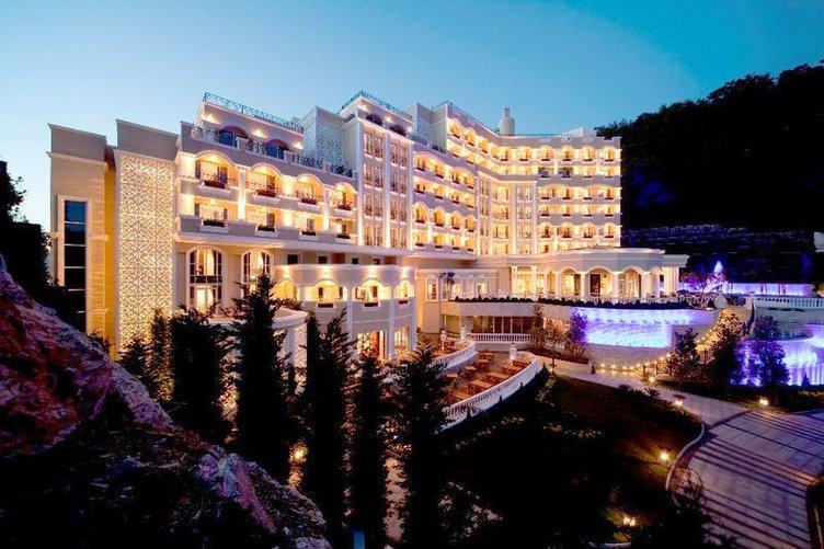 Angel's Peninsula Hotel