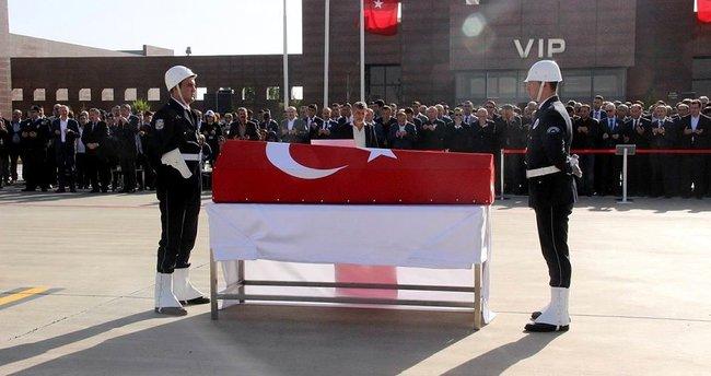 Kaymakam Safitürk'ün naaşı, memleketi Sakarya'ya gönderildi