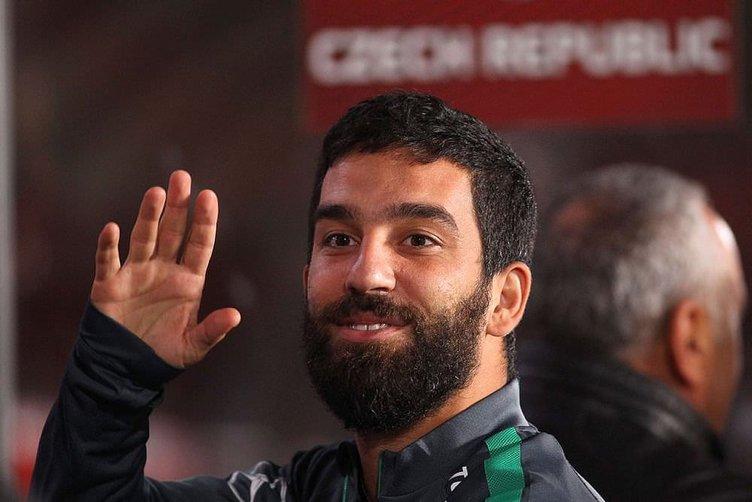 Barcelona'dan Hakan Çalhanoğlu sürprizi