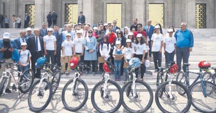 Vekillerin bisiklet turu