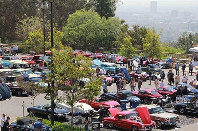 Beverly Hills'te otomobil şovu