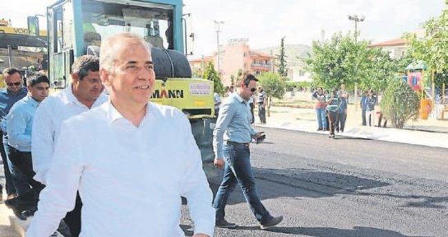 Büyükşehir'den 800 km yola asfalt