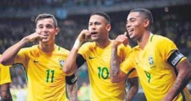 24'lük Neymar'dan Pele'ye gözdağı!