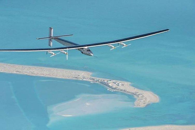 Solar Impulse 2 dünya turuna başladı