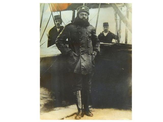 Osmanlı'nın siyahi pilotu