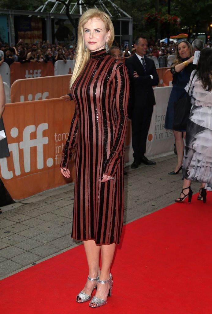 Nicole Kidman genç kızlara taş çıkartıyor
