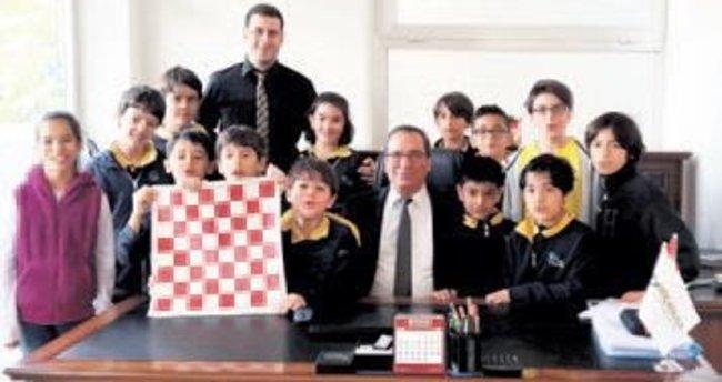 Güç Koleji'nden satranç başarısı