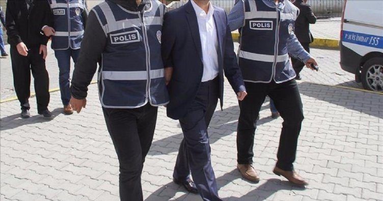 Eskişehir merkezli 4 ilde akademisyenlere operasyon