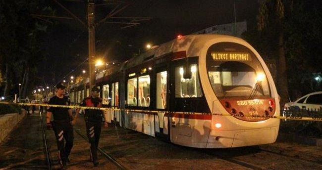 Samsun'da tramvayın altında sürüklenen kişi öldü