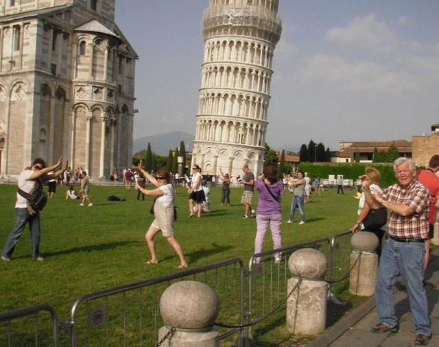 Dünyanın en saçma turist fotoğrafları