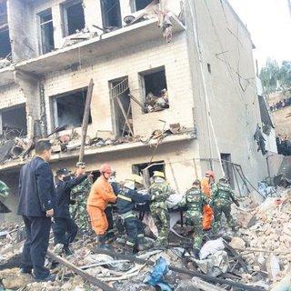 Prefabrik evde patlama: 14 ölü