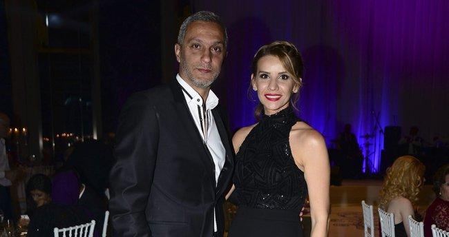 Esra Erol'dan eşi Ali Özbir'e çıkma teklifi