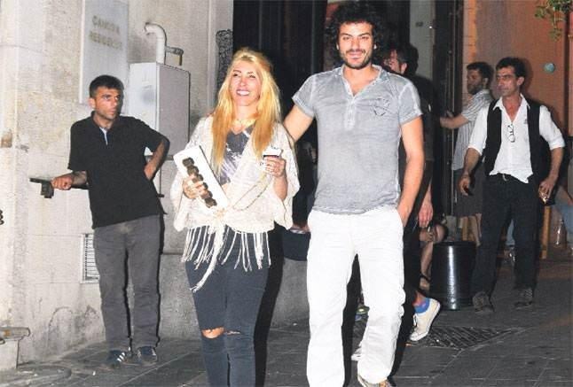 Hande Yener'e büyük şok!
