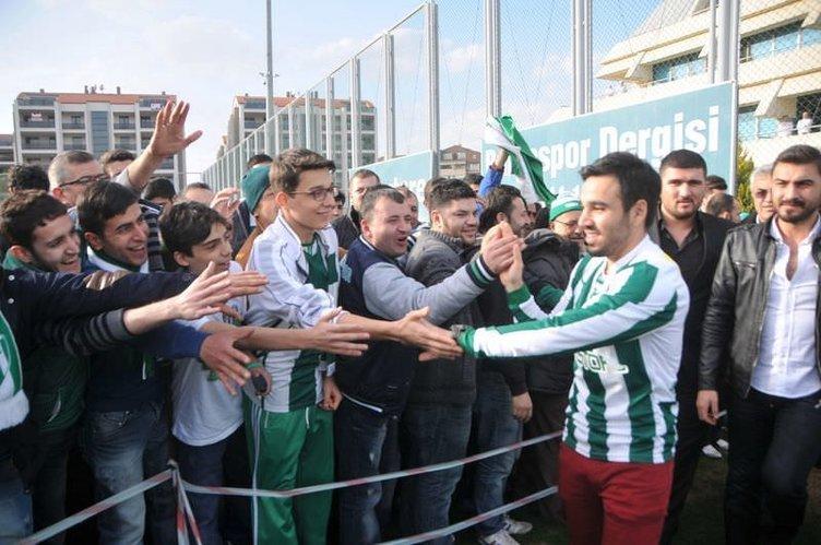 Bursaspor'da yeni transferler, taraftarla buluştu