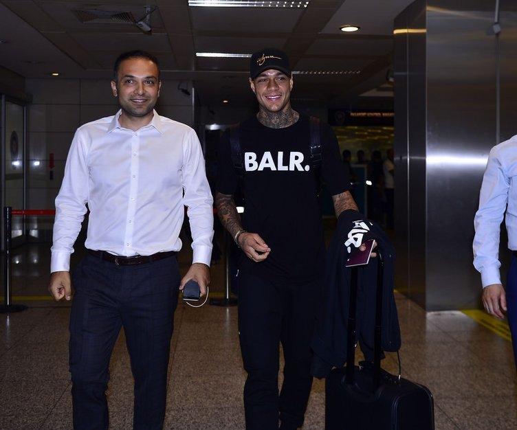 Van Der Wiel, İstanbul'a geldi