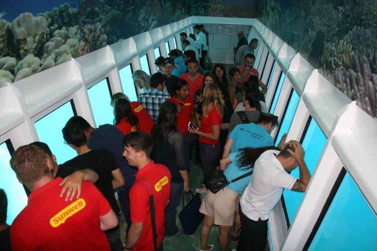 Su altı safarisi turistlerden büyük ilgi görüyor