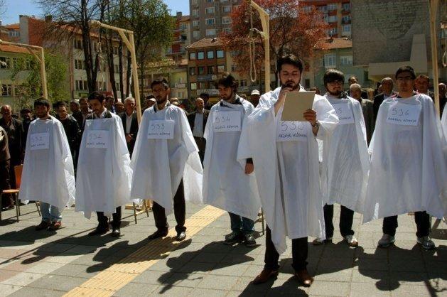 Türkiye Mısır'daki idam kararlarına sessiz kalmadı