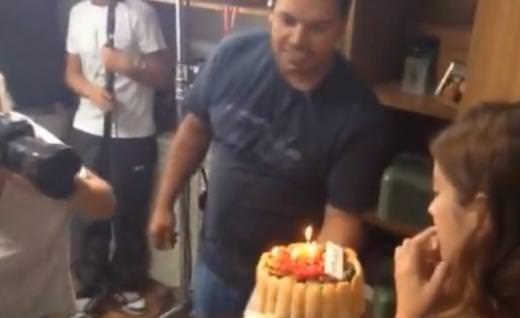Hazal'a sette doğum günü sürprizi