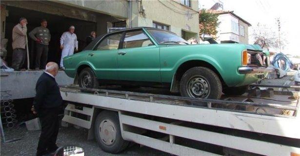 37 yıl arabasını gizledi