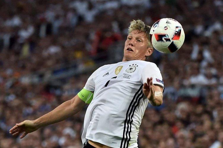 Yılın transferi gerçekleşiyor: Schweinsteiger