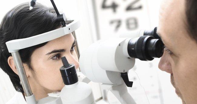 Göz tansiyonunun ilk belirtileri nelerdir?